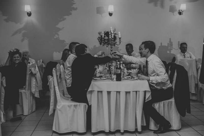 Ślub Aleksandry & Mateusza | Dworek Wodokty
